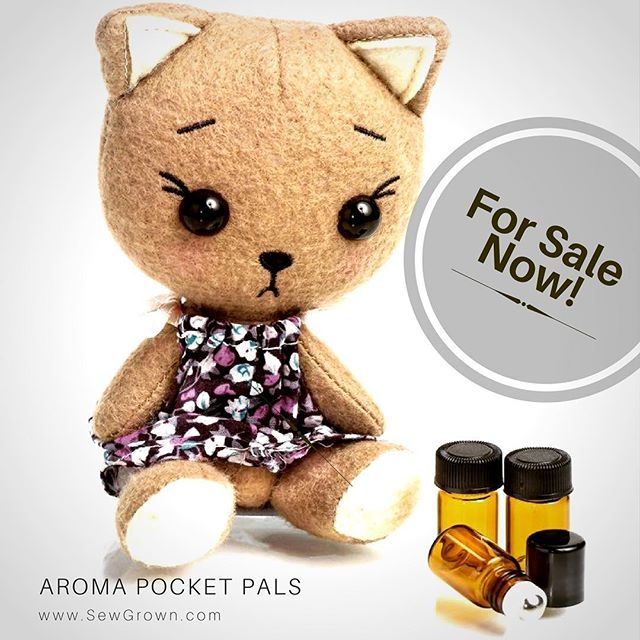 We are happy to announce our Sew Grown Aroma Dolls are now available for sale! Made from 100% Merino wool, our pocket pals make the perfect diffusing doll for kids! 😊 Please visit us for details.  Link on bio.  Or go to: SewGrown.com/shop **** #aromapocketpals #essentialoiljewelry #diffusernecklace #essentialoildiffuser #oildiffuser #diffusernecklace #essentialoilcase #essentialoilhealth #essentialoils #doterraessentialoils #doterra #doterraoils #oilylife #oillife #essentialoil…