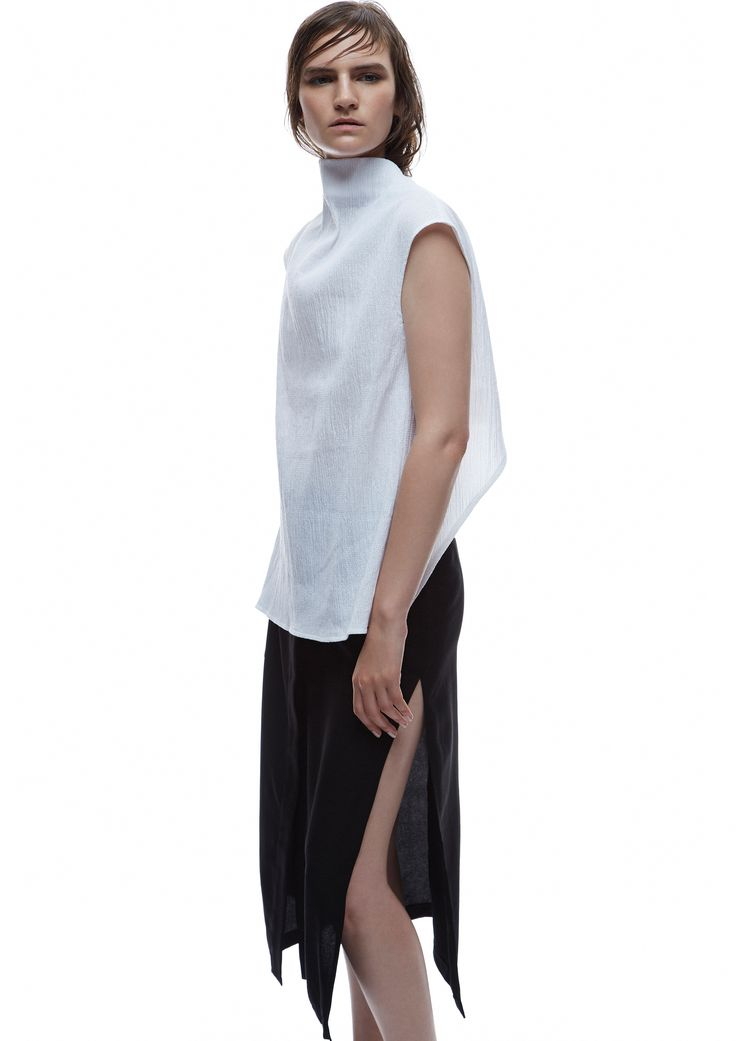 THIRD FORM SPRING 15 | MAIKO TOP #thirdform #fashion #streetstyle #style #minimalism #trend #model #black&white