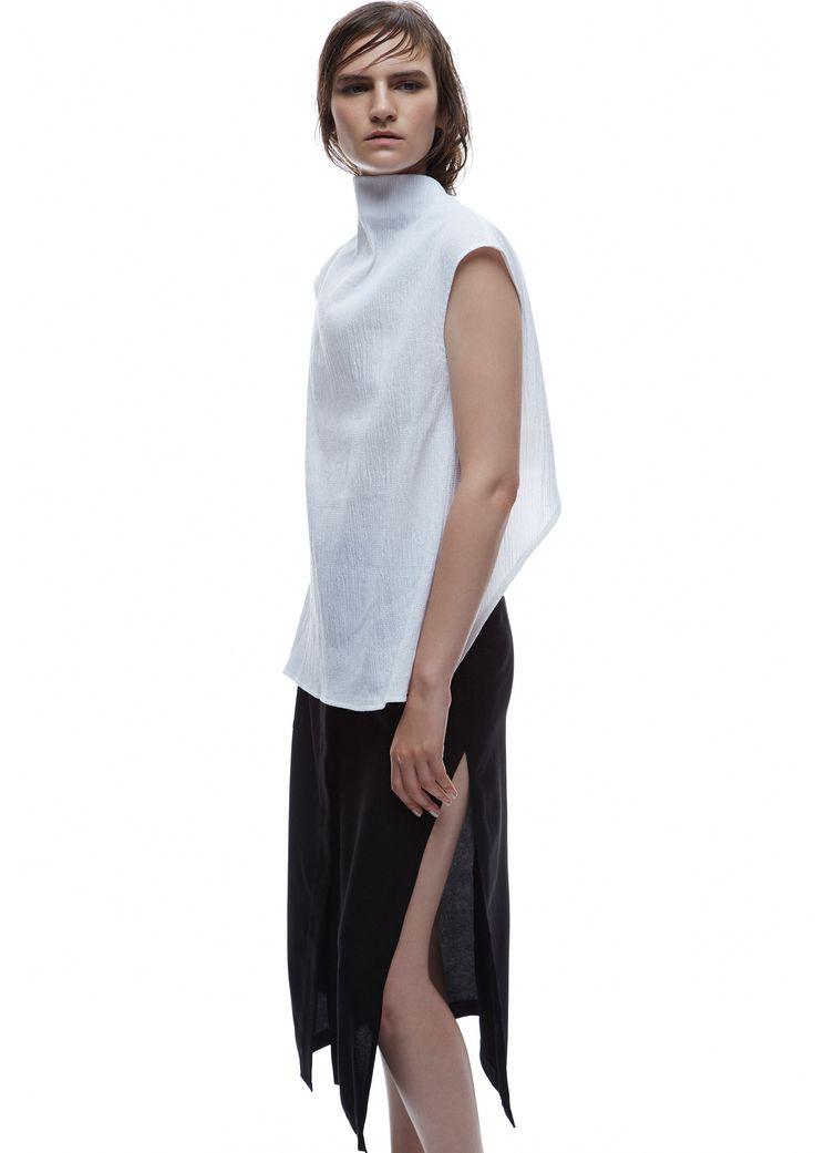 THIRD FORM SPRING 15 | MAIKO TOP #thirdform #fashion #streetstyle #style #minimalism #trend #model #black&white