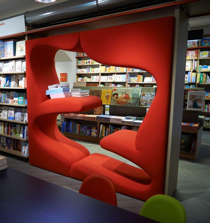 Chairs and armchairs in retail   store   interior   design   Rizzoli Galleria   credit photo Guido De Bortoli