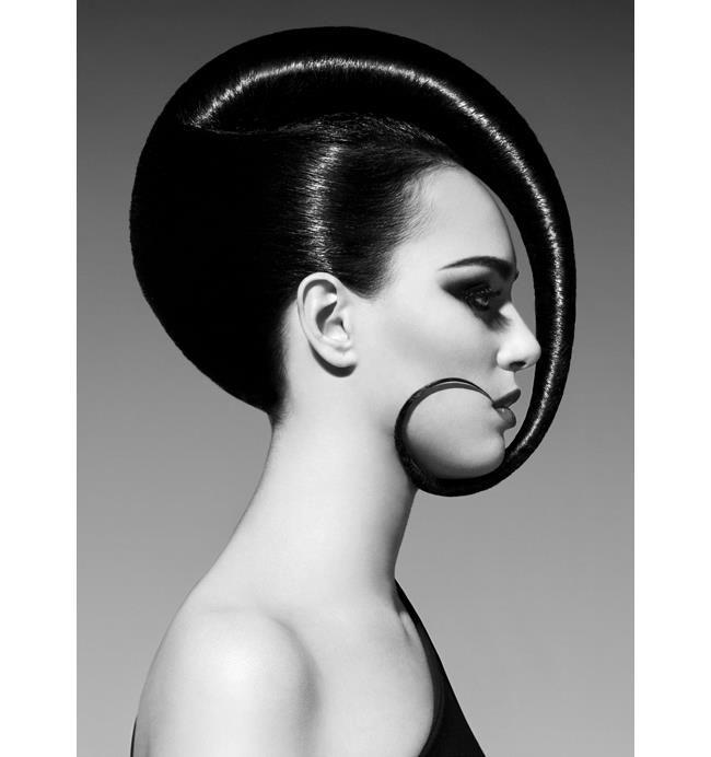 Amazing Avant Garde Hairstyle -  Swirl, Slicked And Shiny. Look Fantastic - Simple Yet Effective, #AvantGarde