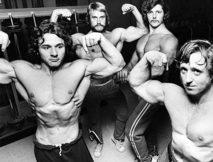 1975 Renato Somenzi och Kjell Persson i fronten.Antagligen på Persborgs Motionsklubb