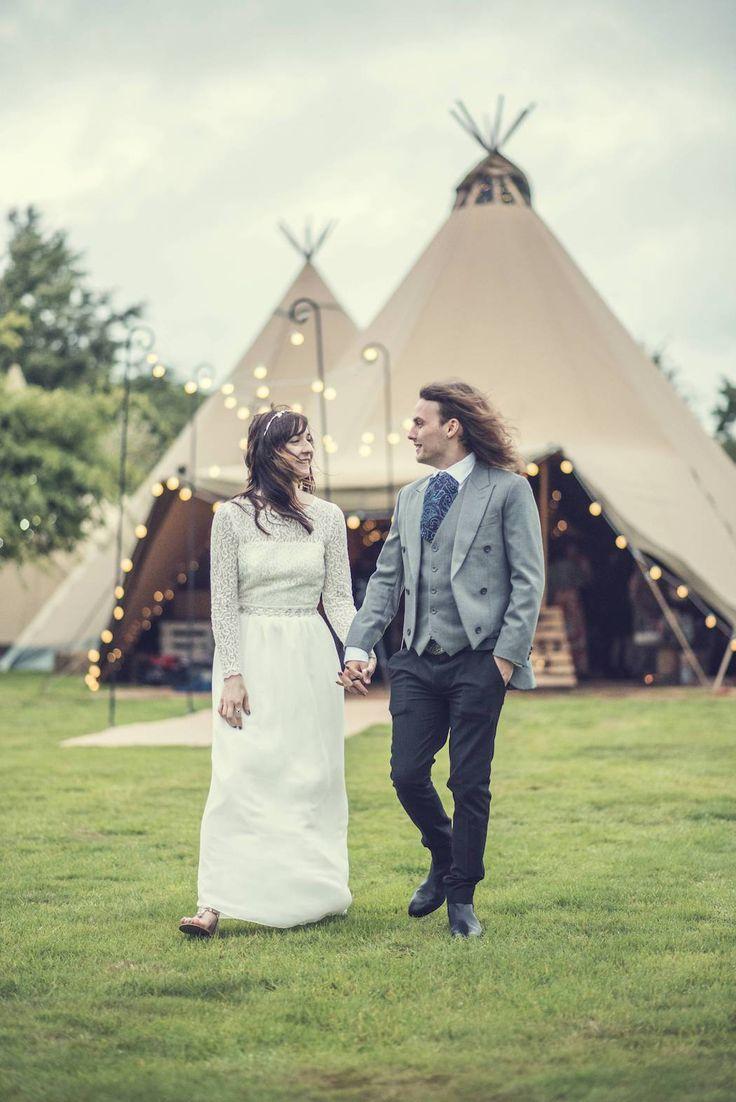 Victoria and Adams Sami Tipi Wedding at Bawdon Lodge Farm, Captured by Thomas & Thomas
