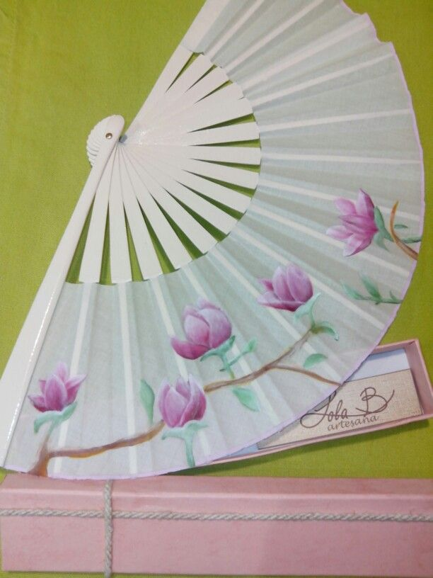 Hoy os muestro este abanico que he pintado para una novia - Murales de pared pintados a mano ...