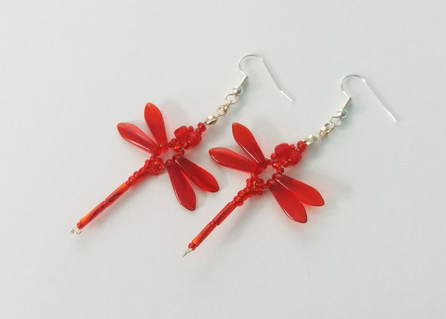 Beaded Dragonflies Earrings – Red £10.00