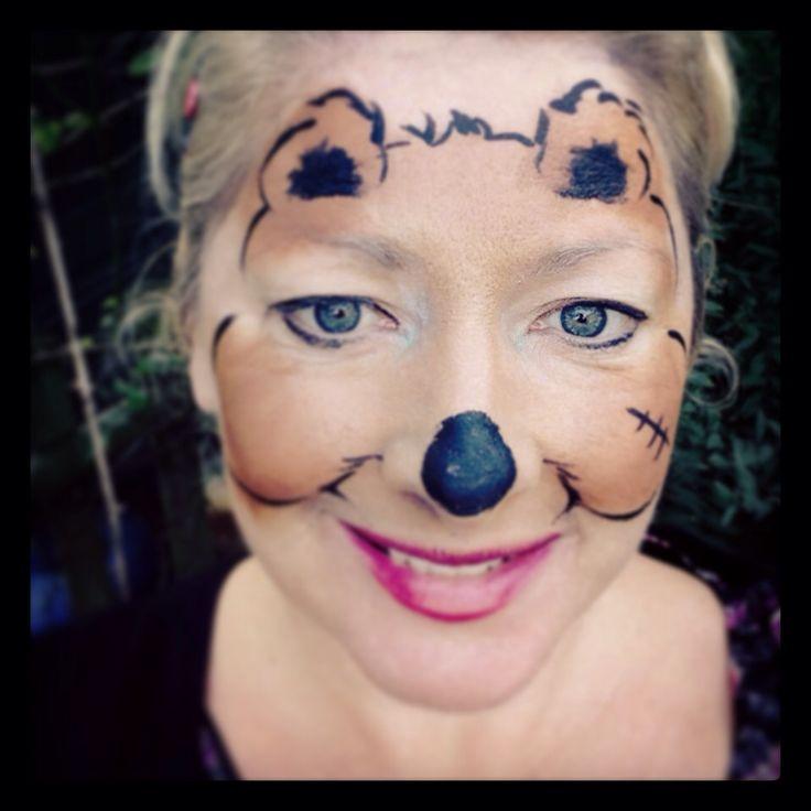 Teddy bear face paint design