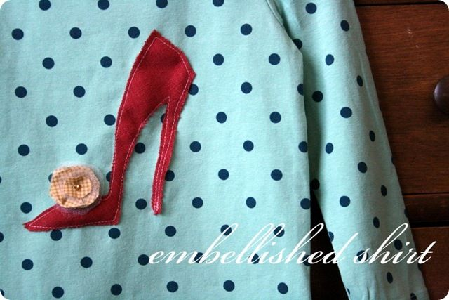 Shoes: Shoes Appliques, Embellishments Shirts, Girls T Shirts, Diy Crafts Decor, Projects Crafts Ideas, High Heels, Appliques Shoes, Big Girls, Girls Shoes