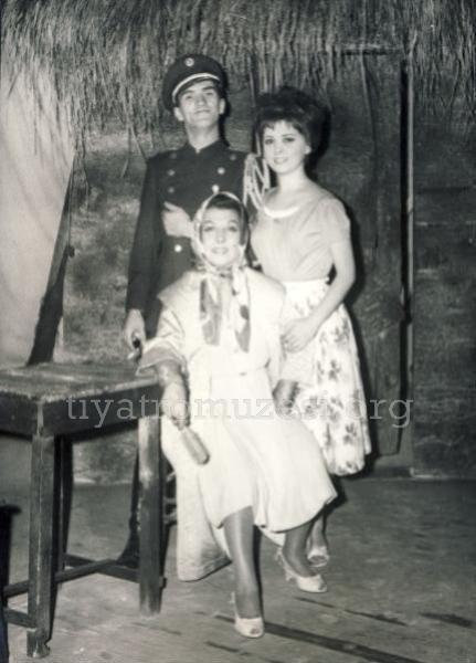 YILMAZ KÖKSAL-ŞEVKİYE MAY-FÜSUN ERBULAK/AYI MASALI-1963