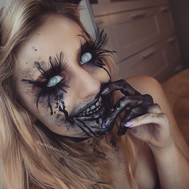 Love the feather lashes but I'd do it a bit differently. It's too pretty for my liking.