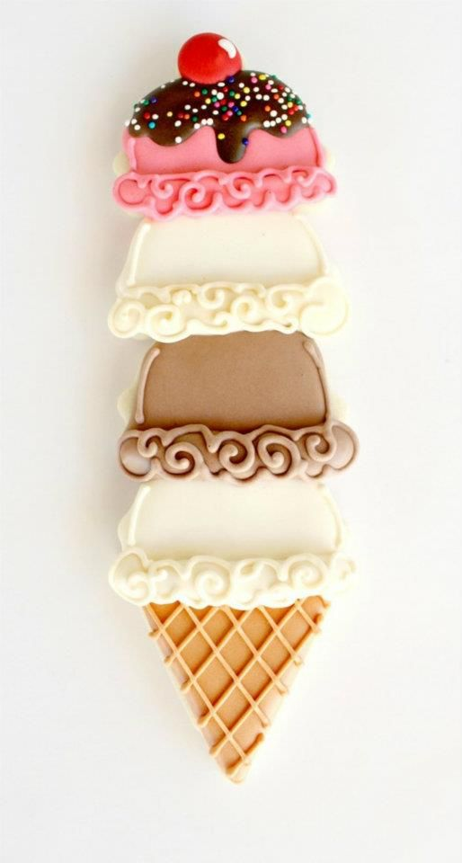 How cute is this?!!? Only 4 icing colors, not counting the 'chocolate sauce'.