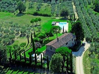 Villa i Castiglione del Lago med 3 sovrum för 6 personerSemesterhus i Castiglione del Lago från @HomeAway! #vacation #rental #travel #homeaway