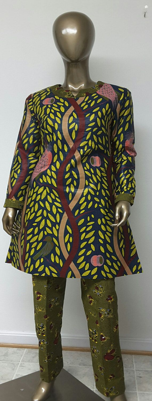 Collection AYAWAX. Tunique imprimé africain multi et pantalon.