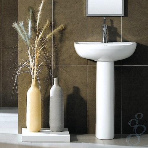 Brown bathroom | Pedestal Basin