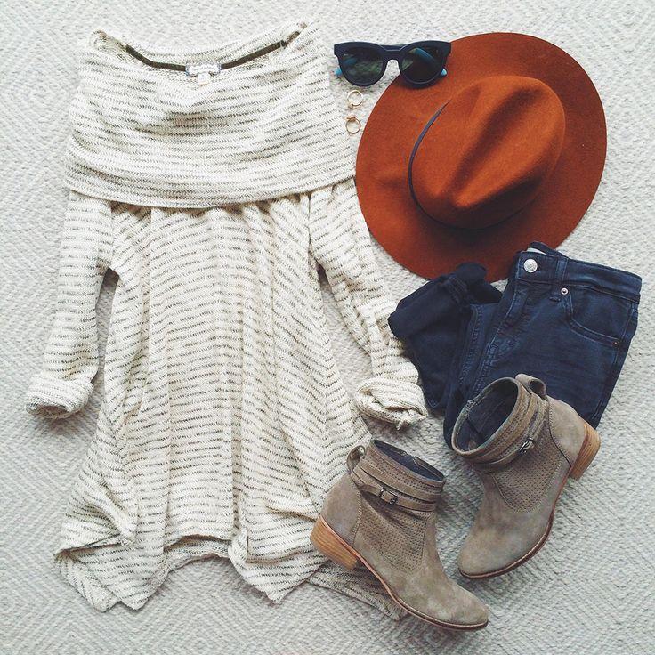 chic & comfy with a little edge / via @livvylandblog (livvylandblog on Instagram)