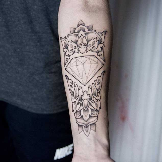 Dotwork Diamond Tattoo by Uls Metzger