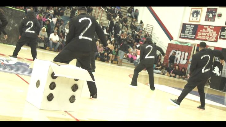 Too Much Dance at The War Zone Dance Competition - YouTube
