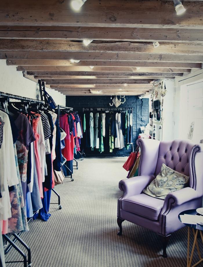 mejores 19 im genes de decoraci n tiendas de ropa en pinterest decoracion tienda de ropa. Black Bedroom Furniture Sets. Home Design Ideas
