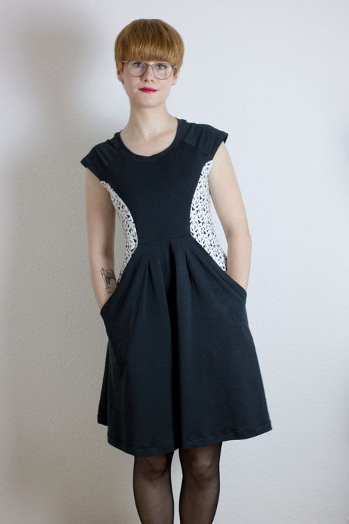 Eda's Zadie dress - sewing pattern by Tilly and the Buttons