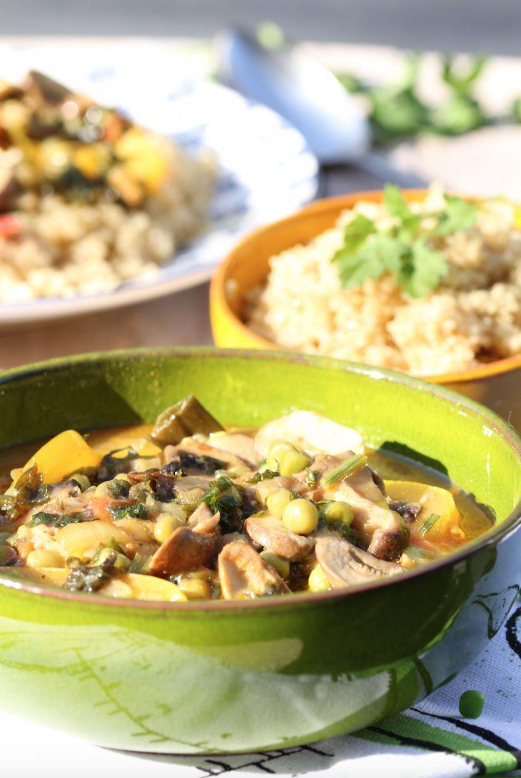 Paddenstoelencurry met quinoa   Mushroom curry with quinoa   Paddenstoel   Mushroom   Curry   Quinoa   Diner   Dinner   Eten   Food   Gezond   Healthy   Dreambody transformation   De Levensstijl   Asja Tsachigova