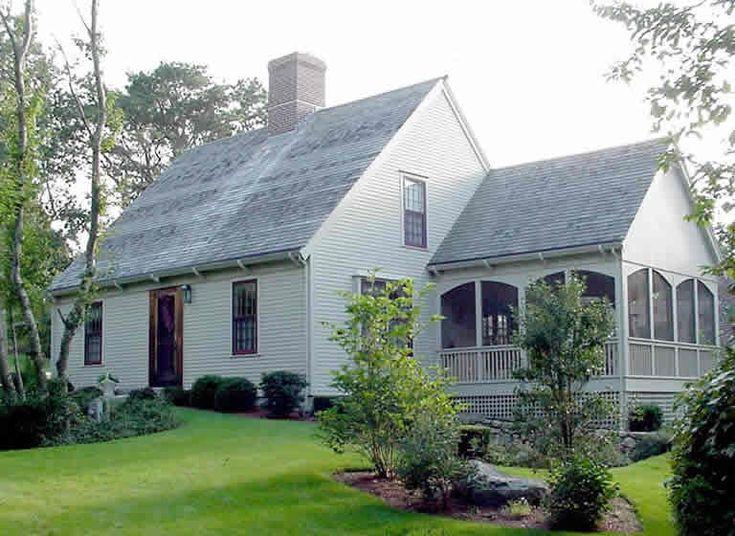 The Classic Cape -best screened porch!