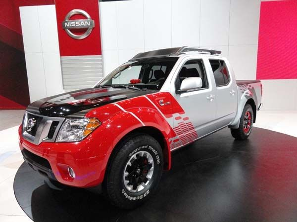 2014 Chicago Auto Show: The New Cars - Kelley Blue Book: 2015 Nissan Frontier Diesel Runner Concept