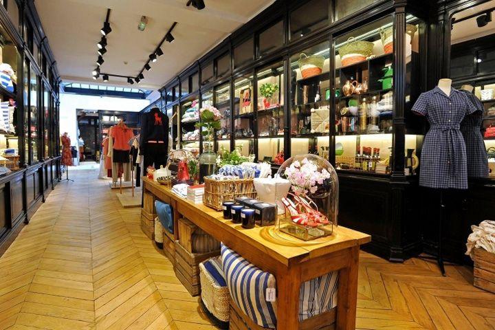In s de la fressange flagship store paris france retail design blog store design - Ines de la fressange boutique ...