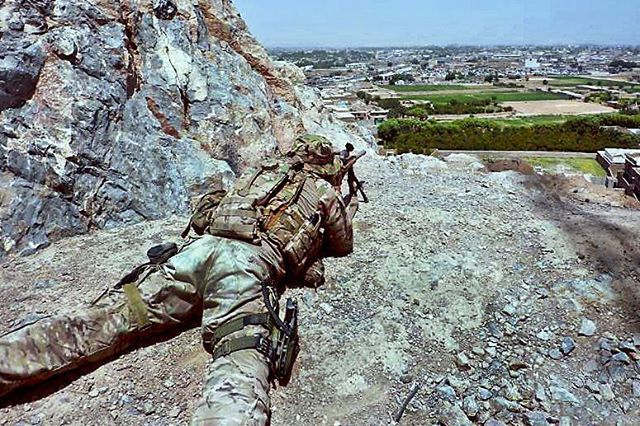 ➡U.S. Army Sniper in Afghanistan⬅ #usarmy #us #usa #sniper #rifle #gun #weapon…