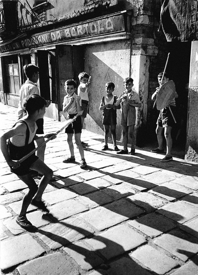 """Things are revealed through the memories we have of them. Remembering a thing means seeing it—only then—for the first time.""  — Cesare Pavese, This Business of Living, 1942-01-28  David ""Chim"" Seymour, Children Playing, Mount Casino, c. 1948"