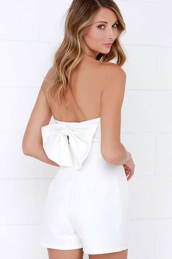 8 White Jumpsuits and Rompers | See more wedding jumpsuits and rompers on My Hotel Wedding: http://www.myhotelwedding.com/blog/2015/10/29/8-white-jumpsuits-and-rompers/