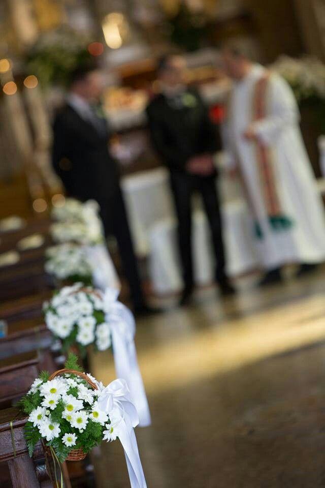 Church decorations #wedding flowers # LucaFiori