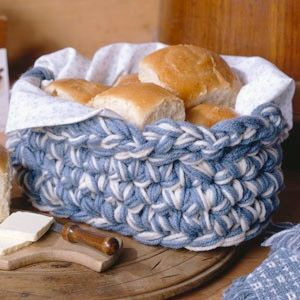 """Country Baker's Basket: free pattern Even though this is used as a """"baker's basket"""" it would be equally at home in any room of the house, for any use."""