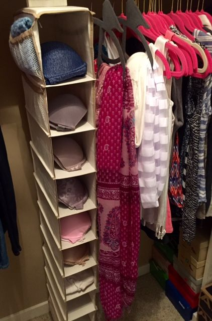 Quick and easy bra organizer. Get organized in your closet today! This is perfect for bras!