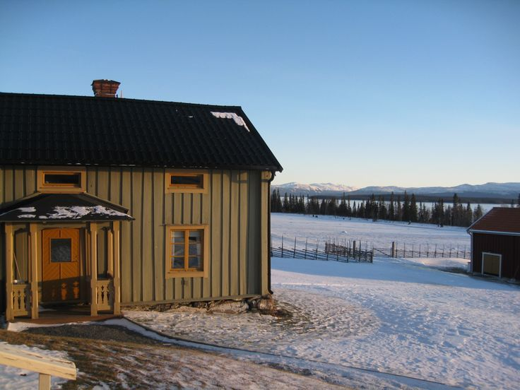 Our home for the next two nights was to be the lovely Klocka Fjällgård lodge, on the shores of Lake Ånnsjön in Sweden.