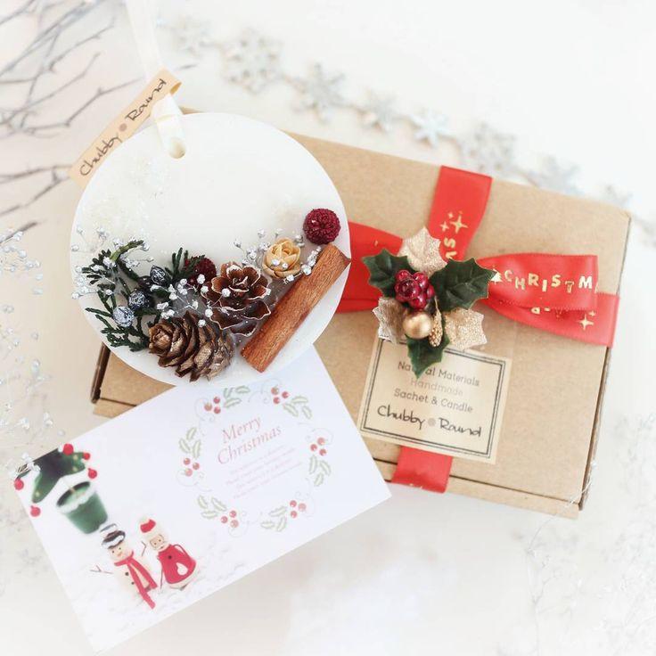 気付けばシーズンに突入してました(; ´ー`)/ =年末∑(゚Д゚;) 只今急ピッチで活動中です♫ クリスマスのオススメギフトも、もうすぐ販売開始です\(•ㅂ•)/ #新作 #ミンネ #クリスマス #アロマ #ワックスサシェ #ワックスバー #ボタニカル #自然素材 #ハンドメイド #プレゼント #インテリア #minne #chubby_round #handmade #natural #materials #aroma #sachet #aromabar #essentialoil #botanical #wax #flower #herb #dryflower #present #gift #xmas