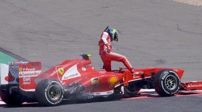 Vettel vince gp dei colpi di scena Alonso quarto,Massa subito fuori