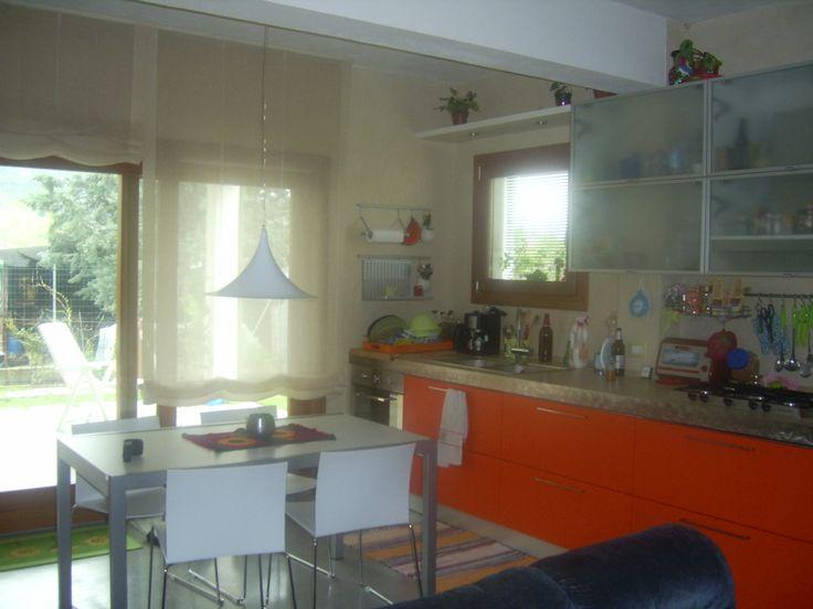 1000+ idee su Cucina Appartamento Piccolo su Pinterest  Scaffali ...