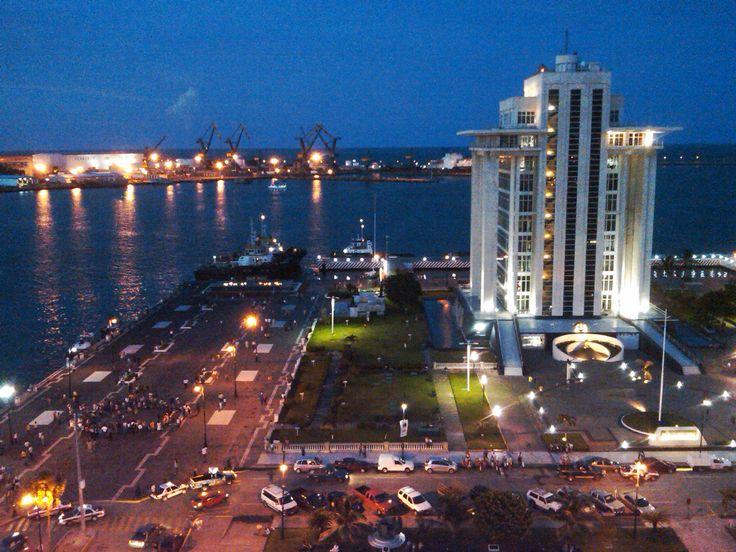 Puerto De Veracruz Mexico   Animo Jarochos!! Los malos tiempos pasarán!