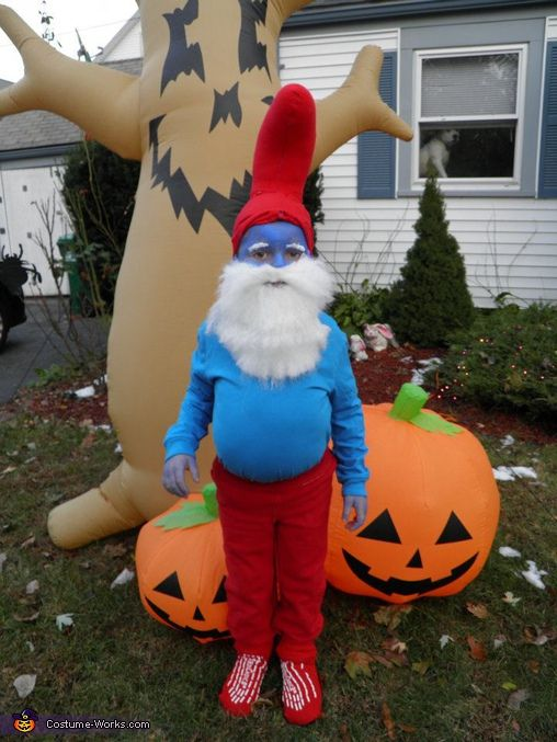 Best 25 smurf costume ideas on pinterest smurfs for Creative halloween costumes for kids