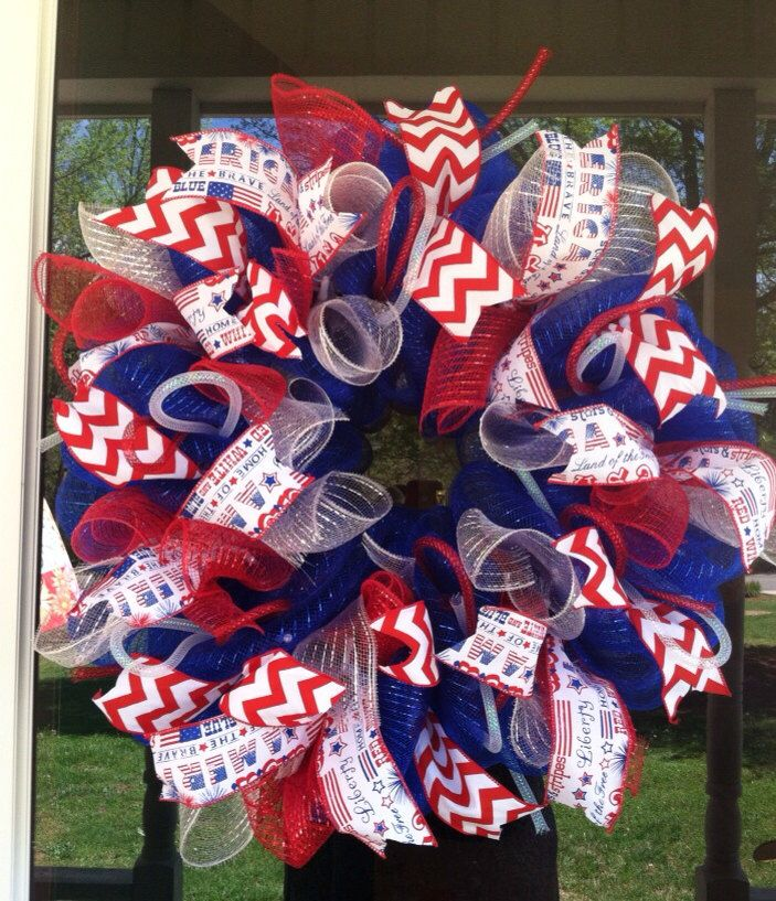 Fourth of July Wreath/ Independence Day Wreath/ USA Wreath/ Patriotic Wreath/ Red White & Blue Wreath by Wreaths4u2byPaula on Etsy https://www.etsy.com/listing/229547776/fourth-of-july-wreath-independence-day