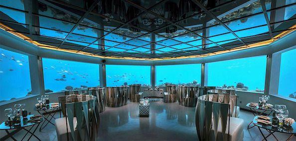 Den imponerende undervandsrestaurant - M6m