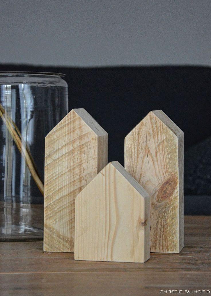 Holzhäuser DIY, Dekoration mit Holzhäusern, Landhausdekoration im Wohnzimmer