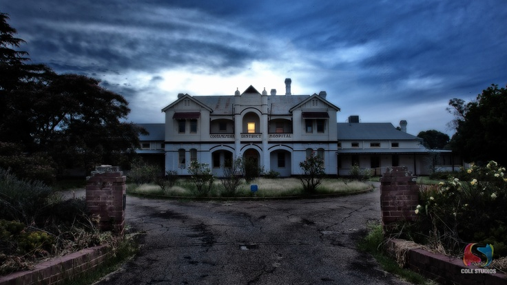 The old Cootamundra Hospital. I was born here 43 short years ago. Its now unused.
