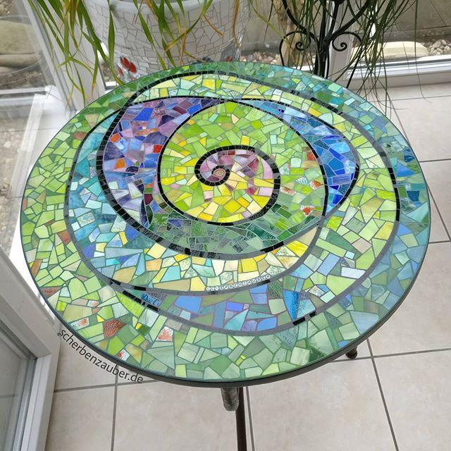 1000 Ideas About Mosaic Tile Table On Pinterest: 328 Best Mosaic Tables & Countertops Images On Pinterest