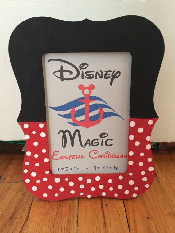This is a 4x6 photo frame custom made, great for the Disney lover! This is also a great gift for a fish extender gift or just to add some