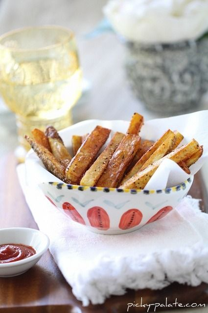 Homemade Cajun Fries | great for #projectlunchbox via Picky Palate