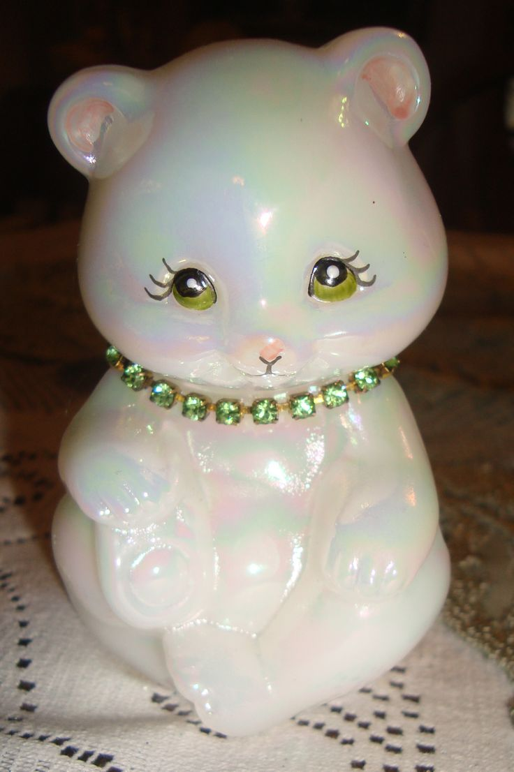 1000 Images About Fenton Art Glass Bears Amp Foxes On