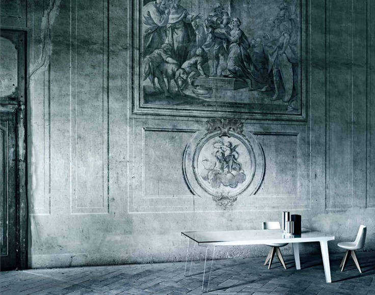 Table Faint by Patricia Urquiola to Glas Italia.