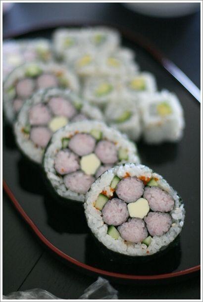 飾り巻き寿司 桃の花