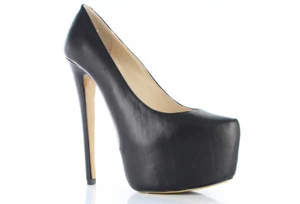 BLACK HEELS | Every girl needs to own a pair of stylish black heels - they're a shoedrobe staple.