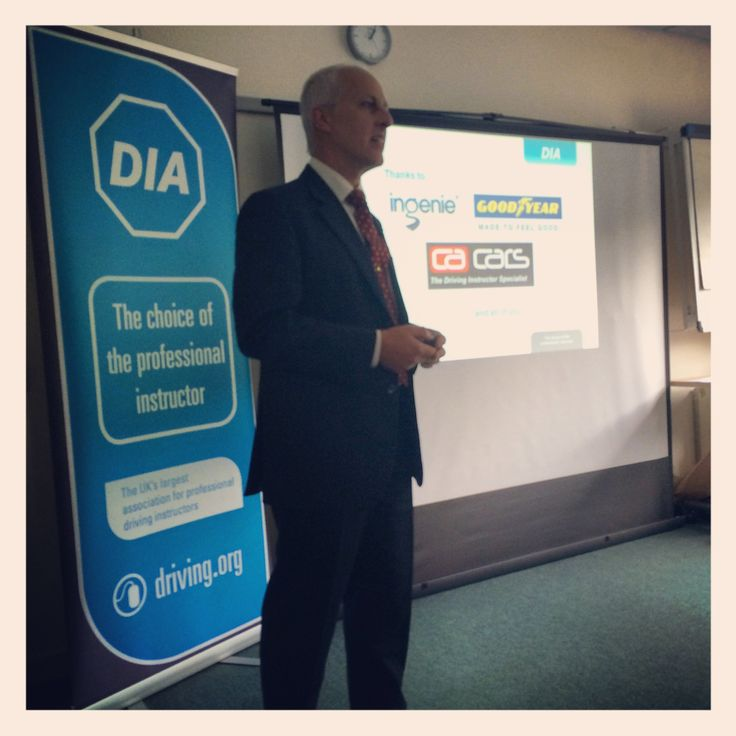 Mike Frisby welcoming our members and introducing our sponsors. #DIA #GadgetsGizmosAppsandMore #Croydon #drivinginstructor #Goodyear #Ingenie #CACars